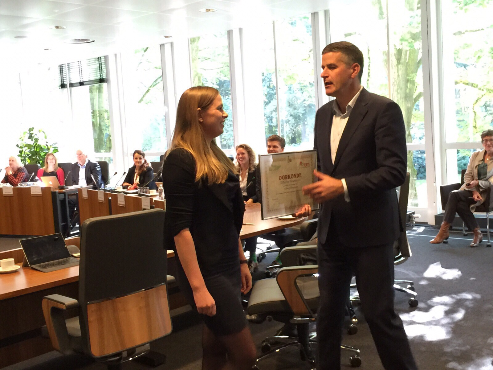 Het LOF reikt Toffe Peer Award uit aan Tilburg Universiteit
